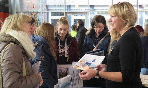 JugendBildungsmesse JuBi Bremen: Auslandsaufenthalte, Freiwilligenarbeit