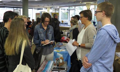 JugendBildungsmesse JuBi Stuttgart: Stipendien zum Auslandsjahr